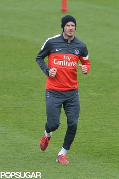 David Beckham trains with his sons. Take a look :)