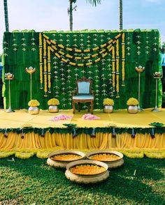 Diy Wedding Backdrop, Wedding Stage Decorations, Wedding Mandap, Backdrop Decorations, Festival Decorations, Wedding Vows, Wedding Things, Wedding Ideas, Cradle Decoration