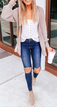 Are Looking for Best Fall Outfits ideas? We have the ultimate guide, with cute fall outfits, casual fall outfits, trending fall outfits, you can and should copy right now! Casual Winter Outfits, Classy Fall Outfits, Summer Work Outfits, Winter Outfits Women, Winter Fashion Outfits, Sweater Fashion, Stylish Outfits, Fall Fashion, Autumn Outfits