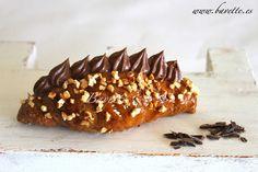 Croissants de mantequilla con ganache de chocolate y almendra