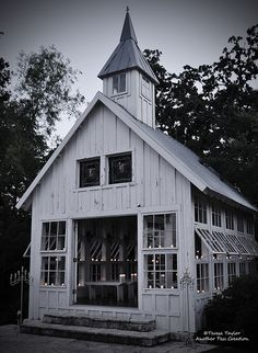 7F Chapel in College Station, Texas.   Such a special place for an anniversary, wedding, weekend getaway... My favorite cabin is the Texas Hill Country