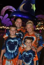 Tie Dyed Mickey Shirts!!! *you could probably  make any shape for the center but these are pretty cute.