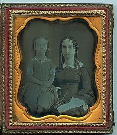 Circa-1850-Daguerreotype-Photo-of-Woman-and-Young-Girl-with-Sausage-Curls