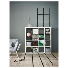 KALLAX Shelf unit IKEA You can use the furniture as a room divider because it looks good from every angle. Ikea Regal, Ikea Kallax Regal, Ikea Furniture, Cool Furniture, Living Room Furniture, Furniture Removal, Ikea Billy Bookcase White, Ikea Kallax Shelf Unit, Ikea Portugal
