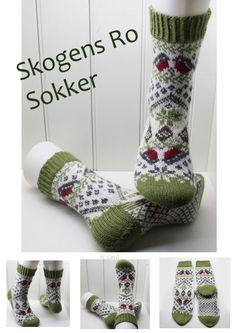 Beas Strikke Design – Strikkeoppskrifter og ferdigstrikk Knitting Socks, Crochet, Design, Cast On Knitting, Knit Socks, Chrochet, Sock Knitting, Crocheting, Design Comics