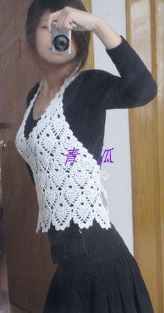 Crochê e tricô da Fri, Fri´s crochet and tricot: Vestidos Crochet Shirt, Crochet Cardigan, Knit Crochet, Estilo Hippie Chic, Crochet Capas, Pineapple Crochet, Pineapple Top, Pineapple Pattern, Crochet Woman