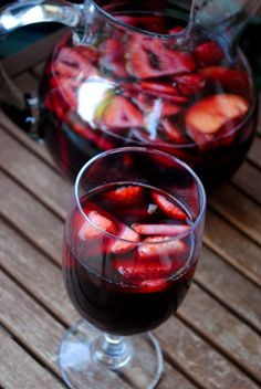 fat girl trapped in a skinny body: Cherry Sangria - Secret Recipe Club Refreshing Drinks, Summer Drinks, Cocktail Drinks, Fun Drinks, Beverages, Alcoholic Drinks, Liquor Drinks, Mixed Drinks, Sangria Recipes
