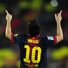 Lionel Messi became the second player to win three consecutive Ballons d'Or awards! Repin if this is your favorite #soccer moment of 2012!