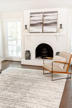 Modern style is influenced by sleek lines and simple accents. Our Georgia Collection is the perfect choice to complete your modern space. #moderndecor #homeinteriors #stylediy Modern Spaces, Modern Rugs, Modern Decor, Modern Living, Modern House Design, Contemporary Style, Living Room Designs, Home Accessories, Georgia