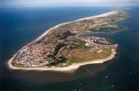 Waddeneiland in het noorden van Nederland in de Waddenzee.-Sea (wadden lit. means mud) island in the northern Netherlands in the Wadden Sea.