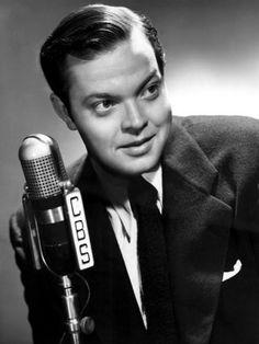 "Orson Welles' original radio broadcast of ""War of the Worlds"""