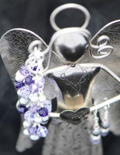 Purple & violet bracelet with pearls.