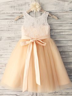 Princess Champagne Knee-length Flower Girl Dress - Lace/Tulle Sleeveless - USD $ 54.99