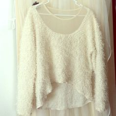 Cute Cream Oversize Sweater S/M, scoop neck sweater with a mesh collar, super cute on! Sweaters Crew & Scoop Necks