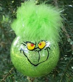 "The cricut scrapper: ""Your a mean one...Mr Grinch """