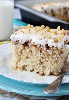 baklava poke cake, desserts cake, poke cakes, walnut dessert, baklava cake, cake poke, desserts and cakes