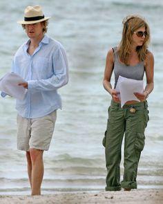 Vince Vaughn Barefoot >> Jennifer Aniston And Vince Vaughn Google Search Jennifer