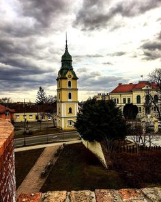 """6 kedvelés, 1 hozzászólás – Hanging Lens (@hanginglens) Instagram-hozzászólása: """"Fire tower⛑ #photography #europe #tower #city #castle #sky #cloud #high #leaning #hanginglens…"""""""