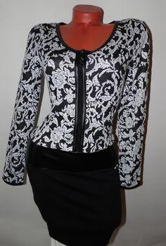 Fekete-fehér virágmintás bőrbetétes ruha S/M , M/L , L/XL - BettyFashion