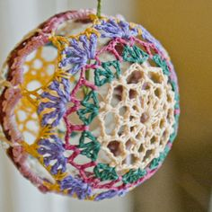 Christmas crochet balls | What to make for a vi...
