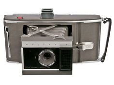 Polaroid Land Camera & Case now featured on Fab. Photography Tools, Camera Photography, Photography Equipment, Vintage Polaroid, Vintage Cameras, Camera Phone, Camera Case, Nikon, Old Cameras