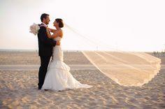 Joanna & David - Santa Monica, California  http://caratsandcake.com/joannaanddavid