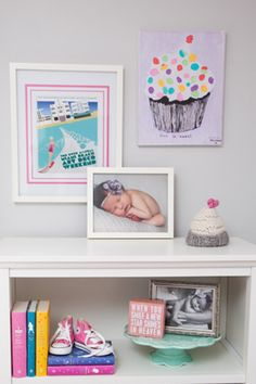 """Baby shower activity idea: Ask guests to customize a cupcake painting by creating """"sprinkles"""" with their thumb prints."""