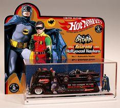 Batman Batmobile One-Of-A-Kind Hot Wheels Custom Batman Tv Show, Real Batman, Batman And Superman, Batman Stuff, Batman Art, Batman Batmobile, Batman 1966, Vintage Toys 1960s, Retro Toys