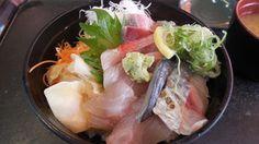 魚がし食堂はま蔵 - 料理写真:地魚丼