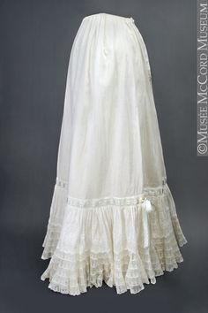 Petticoat About 1900, 20th century Cotton and silk 107.4 cm Gift from Mrs. William R. Bentham M21449 © McCord Museum
