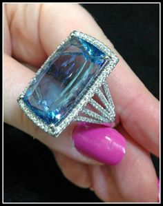 TBT: Coast aquamarine and diamond rings (and a celebrity!). - Diamonds in the Library