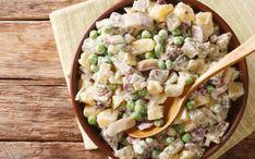 Soti, gardi, labai skani silkės mišrainė. Gali nuskambėti neįprastai, bet kartais į ją dar dedama virto liežuvio ar kitokios virtos mėsos. Taip pat tinka gardinti virtomis morkomis, krapais. Atvėsusias bulves nulupti ir supjaustyti kąsnio dydžio kubeliais., Silkę gerai nuvarvinti ir
