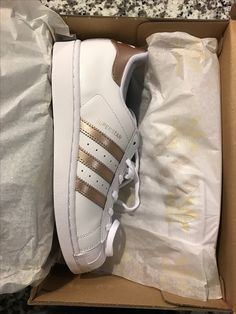 Adidas Sneakers, Dream Closets, Personal Style, Casual Outfits, Kicks, Casual Clothes, Adidas Shoes, College Outfits, Casual Looks