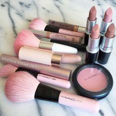 Docolor Makeup Fantasy Make Up Set Foundation Eyebrow Concealer Cosmetic Eyeshadow Brushes Kits - Cute Makeup Guide Makeup Goals, Makeup Inspo, Makeup Inspiration, Makeup Tips, Makeup Ideas, Makeup Blog, Makeup Studio, Girl Inspiration, Makeup Brands