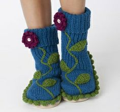 Boye Long Loom Patterns | ... Slipper Free Pattern from Boye at Simplicity.com by sweet.dreams