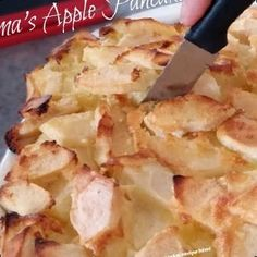A German Apple Pancake recipe that's sure to please. Puffs up in your oven, filled with apples, and feeds a crowd. This is very similar to a Dutch Baby recipe#Pancake #Recipe #German Pancake Recipe For One 37+ German Apple Pancake Recipe Made   Pancake Recipe For One   2020 Apple Pancake Recipe, German Apple Pancake, German Pancakes, Pancakes And Waffles, Pancake Recipes, Apple Pie, Pork Chop Recipes, Apple Recipes, Meat Recipes