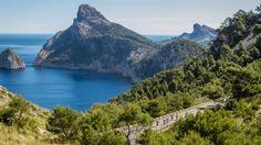 Cycling in #Mallorca http://www.cruiserrepublic.com/