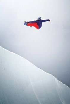 Fun is in the air for Kjersti Buaas #ROXYsnow  See the new Snow experience