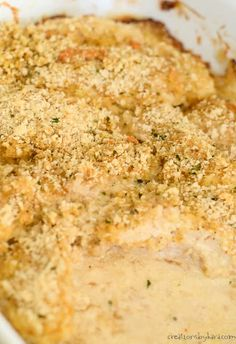 Juicy and flavorful, this parmesan mayonnaise chicken is a perfect dinner recipe. Serve it with potatoes and salad for a tasty weeknight dinner. Everyone loved this breaded mayo chicken! Chicken Mayo Parmesan, Mayonnaise Chicken, Mayo Chicken, Breaded Chicken Recipes, Mayonnaise Recipe, Easy Baked Chicken, Chicken Flavors, Pollo Kfc, Tacos