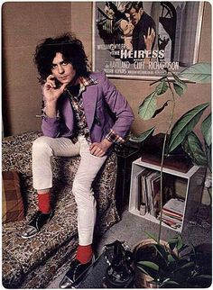 Marc Bolan, 1977 He had a coffee plant, cool ;-)