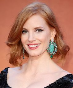 The+Best+Celebrity+Bobs+-+Jessica+Chastain +-+from+InStyle.com