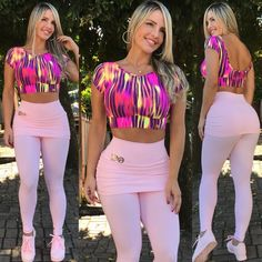 Conjunto Ula Ca5 Rosa Bebê Hot Outfits, Casual Outfits, Fit Girl Motivation, Workout Attire, Sporty Girls, Womens Workout Outfits, Courses, Leggings Fashion, Fitness Fashion