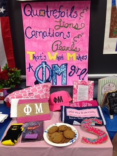 Phi Mu big little crafts and table. I also love the poster!