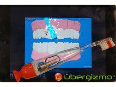 Grush La Brosse A Dent Connectee Brosse A Dent Brosser Les Dents Et Dents