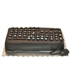 Keyboard cake by Tuffli www.tuffli.ro
