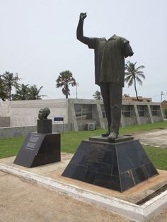 This statue of ex-President Kwame Nkrumah, outside the museum of Kwame Nkrumah Memorial Park in Accra, Ghana, was beheaded during a 1966 coup. Capital Of Ghana, Ex President, Memorial Park, Accra, African Culture, West Africa, Sierra Leone, Hush Hush, Old And New