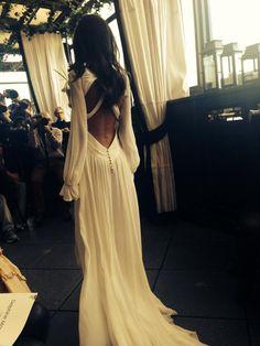 Stunning dress by Delphine Manivet