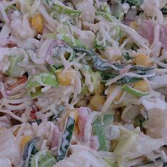 #Schichtsalat vermischt. #mixed #LayeredSalad #Lauch #leeks #Mais #corn #Kochschinken #CuredHam #Käse #cheese #Apfel #apple #Eier #eggs #Ananas #pineapple #Sellerie #celeriac #mayo. #lowcarb #fresh #homemade by tinakinkoeln