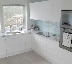 Here are the White Kitchen Design Ideas For Your Home. This article about White Kitchen Design Ideas For Your Home … Kitchen Room Design, Modern Kitchen Design, Home Decor Kitchen, Interior Design Kitchen, Home Kitchens, Room Kitchen, Kitchen Storage, Modern Interior, White Kitchen Cabinets