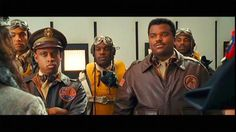 Craig Robinson and Keith Powell in Night at the Museum: Battle of the Smithsonian